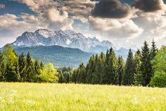 Montagne di Karwendel nelle alpi della Baviera Fotografia Stock Libera da Diritti