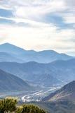 Montagne di Ontario con i 215 nei precedenti fotografie stock