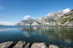 Montagne di polizia del lago Fotografie Stock