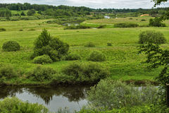 Montagne di Pushkin, Trigorskoye, giorno di estate immagini stock libere da diritti