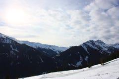 Montagne di Snowy Immagine Stock