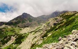 Montagne di tatras del paesaggio della montagna alte in Slovacchia Immagine Stock