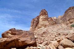 Montagne di Wadi Rum Desert anche conosciute come la valle della luna Fotografia Stock