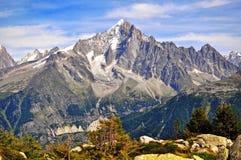 Montagne e cielo Immagine Stock Libera da Diritti