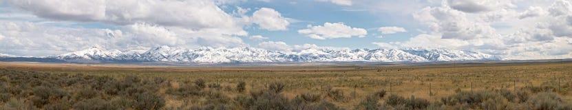 Montagne e deserto Fotografie Stock Libere da Diritti