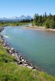 Montagne e fiume Immagini Stock Libere da Diritti