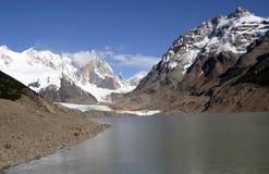 Montagne e fiumi fotografia stock