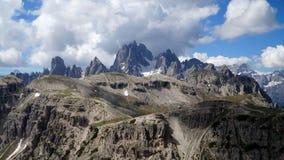 Montagne e rocce distintive nel Tirolo del sud Fotografia Stock