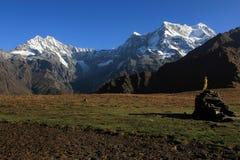 Montagne e valli Fotografie Stock
