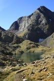 Montagne ed acqua in valle di Tena, Pirenei Panticosa Immagine Stock