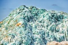 Montagne en verre des pare-brise des voitures dans des déchets images libres de droits