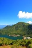 Montagne et étang Image libre de droits