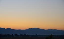 Montagne et Dawn Sky Images stock