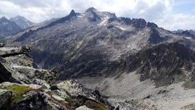 Montagne et lac de paysage Images stock