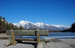 Montagne et lacs dans les Rocheuses photo libre de droits
