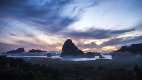 Montagne et lever de soleil Photos libres de droits