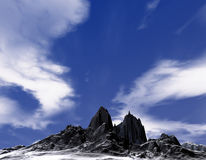 Montagne froide avec la neige au sol Photographie stock