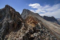 Montagne géante noire photo libre de droits