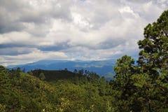 Montagne lontane Fotografie Stock Libere da Diritti