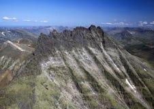 Montagne Manaraga des Monts Oural image libre de droits