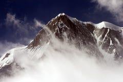 Montagne maximale de neige Photo stock