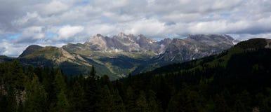 Montagne meravigliose della dolomia di vista panoramica Immagini Stock Libere da Diritti