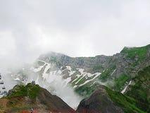 Montagne molto belle, montagne verdi Immagini Stock Libere da Diritti