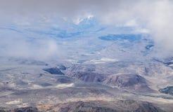Montagne nebbiose Colourful Immagini Stock
