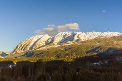 Montagne nel cattivo Mitterndorf tramonto delle alpi della Stiria Fotografia Stock