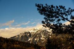 Montagne nel cattivo Mitterndorf tramonto delle alpi della Stiria Fotografia Stock Libera da Diritti