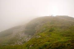 Montagne nella nebbia Fotografia Stock Libera da Diritti