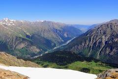 Montagne nella regione di Caucaso in Russia Immagini Stock Libere da Diritti
