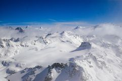Montagne nevose di inverno Fotografia Stock Libera da Diritti
