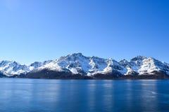 Montagne norvegesi con neve Fotografia Stock Libera da Diritti