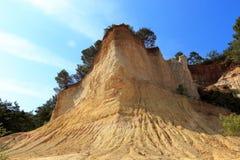 Montagne ocracee in Provenza, Francia Fotografie Stock