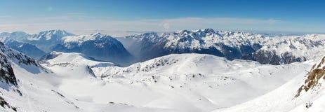 Montagne panoramiche di inverno Fotografie Stock