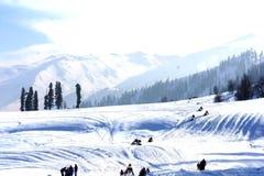 Montagne plaquée de neige Photos libres de droits
