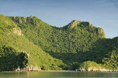 Montagne près de stationnement national, FIN de la Thaïlande VERS LE HAUT images stock