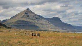 montagne Pyramide-formée Photographie stock libre de droits