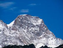 Montagne recouverte par neige Image libre de droits