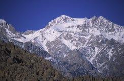 Montagne ricoperte neve in California Fotografie Stock