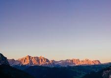 Montagne rocciose al tramonto Alpi Italia della dolomia Fotografie Stock Libere da Diritti