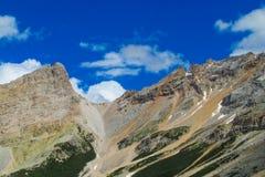 Montagne rocciose delle belle alpi delle dolomia Immagini Stock Libere da Diritti