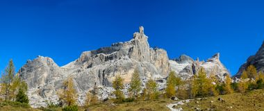 Montagne rocciose delle belle alpi delle dolomia Dolomiti di Brenta Fotografia Stock Libera da Diritti