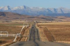 Montagne rocciose e colline pedemontana Fotografia Stock Libera da Diritti