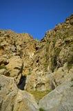 Montagne rocciose nel Kirghizistan Immagini Stock Libere da Diritti