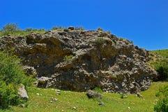 Montagne rocciose vicino alla città di Tamasha Fotografie Stock