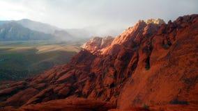 Montagne rouge de roche Photos libres de droits