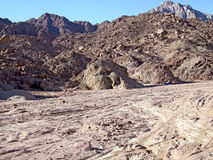 Montagne rouge sur Sinai. Images stock