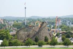 Montagne russe al parco di divertimenti Fotografia Stock Libera da Diritti